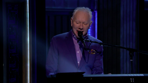 Legendary Songwriter Joe Jackson Performs on The Tonight Show Starring Jimmy Fallon!
